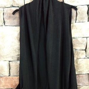 Banana Republic black sleeveless cardigan